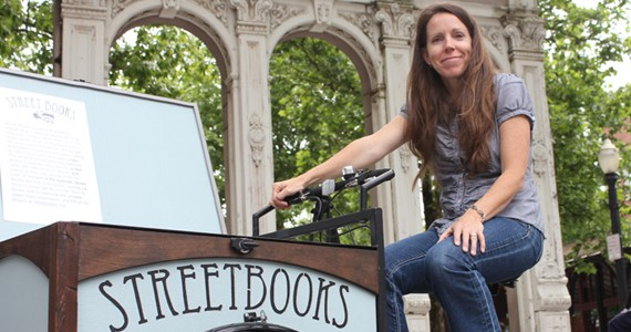 Laura Moulton – Portland Oregon Teacher Brings Books to The Homeless