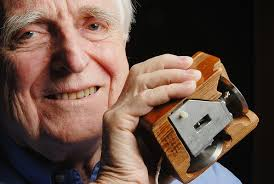 Douglas Carl Engelbart – Inventor of the Computer Mouse