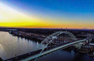 Fremont Bridge - photo by @pdx_perspective