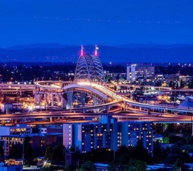 Pdx- The Busy City! - photo by @pnw.zack