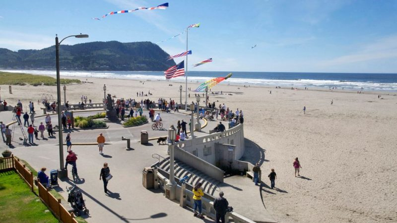 Seaside Vs. Brookings – Which Oregon Coast Town Is Better?